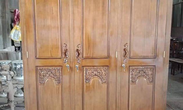 Almari 3 Pintu Kayu Jati Klasik