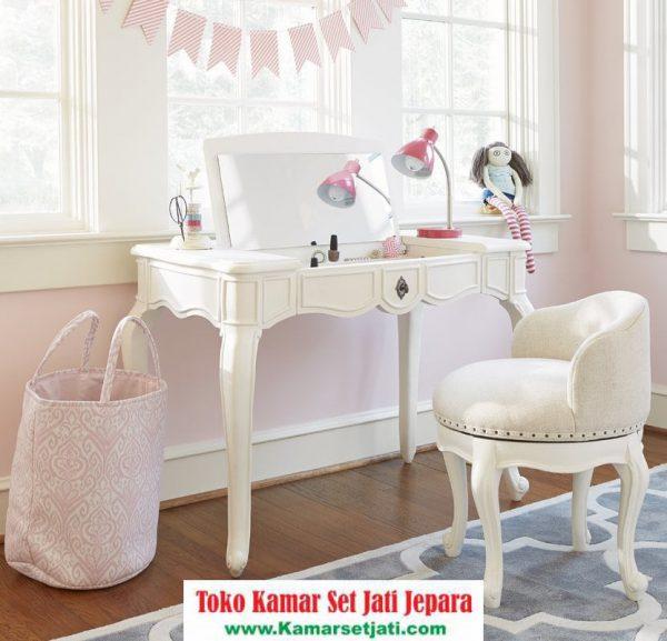 Meja Rias Anak Perempuan Putih
