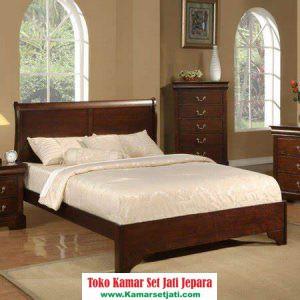 Tempat Tidur Minimalis Jati Wilbourn
