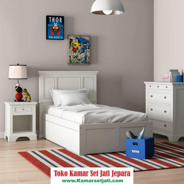 Set Kamar Tidur Anak Putih
