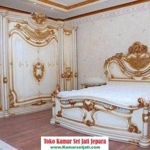 kamar set mewah klasik ukiran