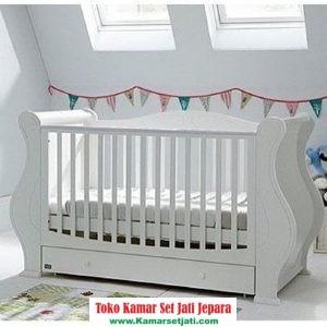 ranjang bayi duco putih